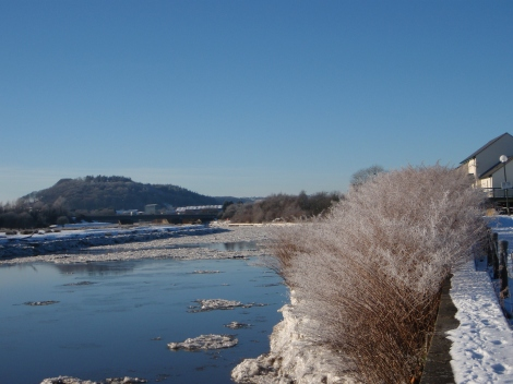Ice on the river on Christmas Day